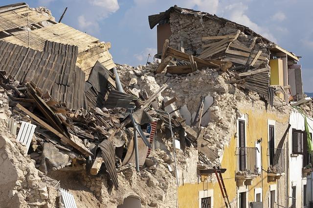 earthquake-1665891_640